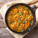 Oli Khan's King Prawn With Baby Spinach Curry