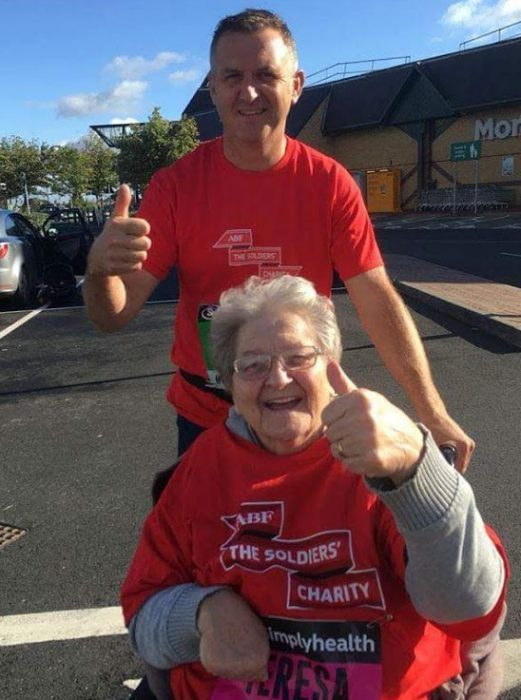 Runners Great North Run with Wheelchair